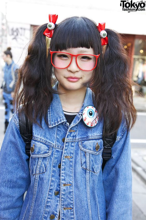 Eyeball Hair Bows, Leopard Skirt, Creepers & Platform Converse in Harajuku