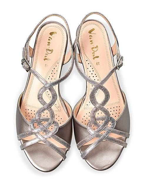 Evening shoes, Evening sandals