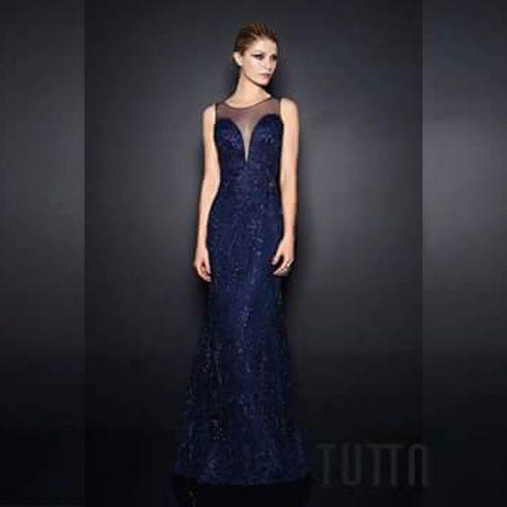 ❤❤ Todo o luxo e elegância de um longo bordado!! #tuttamoda #welovetutta #inverno15 #handmade #bordados #blue #formandas #madrinhas #casamento #debutantes #maesdenoivas #party