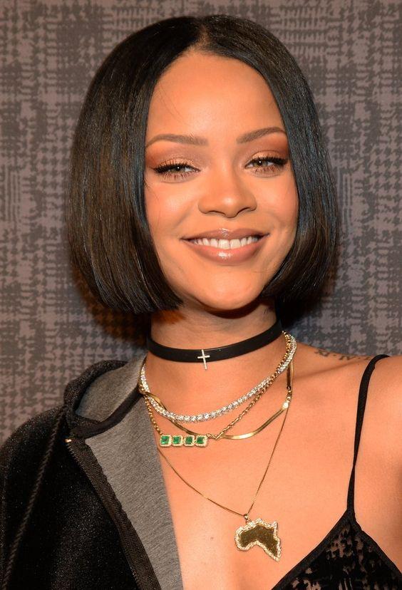 Pin for Later: 31 Coupes Courtes Inspirées Par Nos Célébrités Favorites à Essayer Cette Année Rihanna