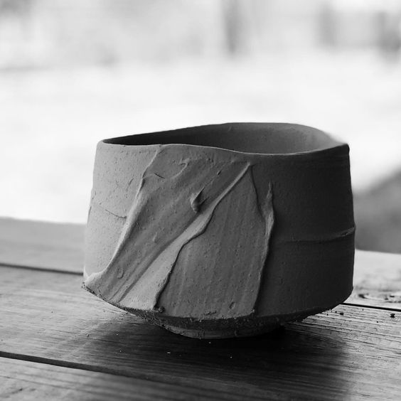 Today's chawan - green ware - 生 . www.akirasatake.com www.gallerymugen.com #akirasatakeceramics #akirasatake #clay #pottery #陶芸 #陶芸家 #茶碗…