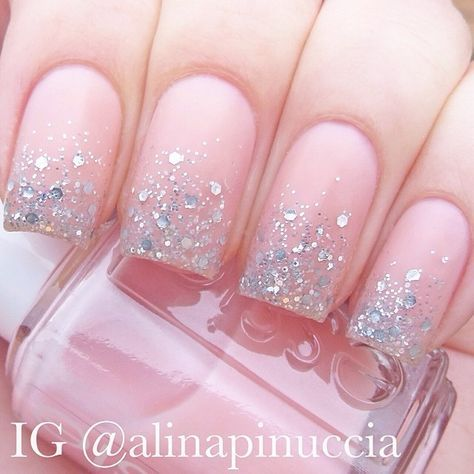 """Matte glitter gradient: Polishes used: Essie - """"sugar daddy"""" and """"matte about you"""", the glitter is kiko - """"271"""" / p2 glamorous finish - """"let's dance"""" #alinapinuccia"""