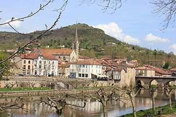 river view of Saint Antoning Noble Val