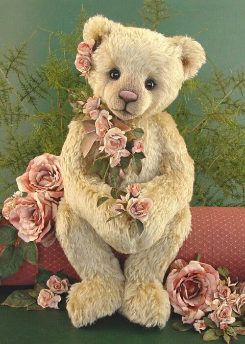 I'd love to send this sweetheart to my cousin (who loves teddy bears), but I just can't give it up...I'm going to keep it for myself! <3