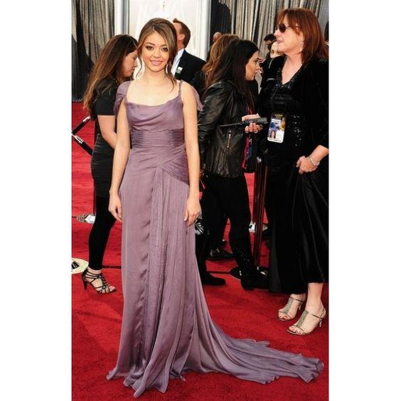 Sarah Hyland Evening Dress at 2012 Oscar Awards Red Carpet 4-600x600.jpg (600×600)
