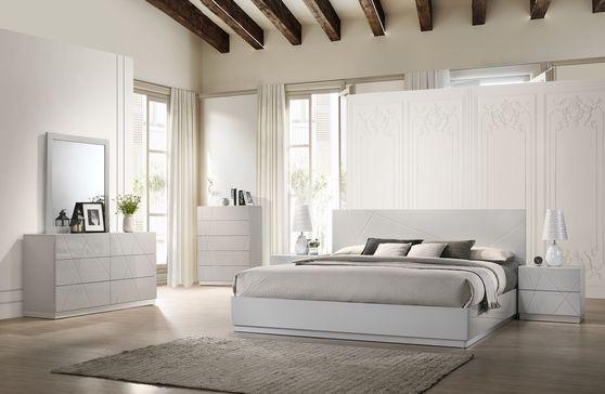 13++ White bedroom table kits info