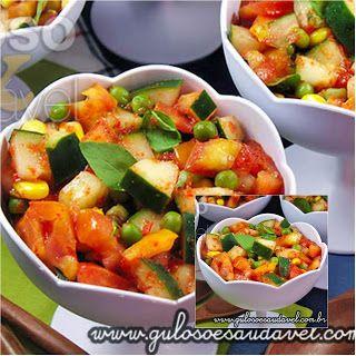 A sugestão de #almoço tem muitaaa leveza!! Que tal esta Salada de Pepino ao Vinagrete?  #Receita aqui: http://zip.net/bdpH10