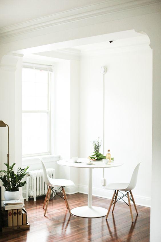 51 Cozy Kitchen Nook To Apply Asap interiors homedecor interiordesign homedecortips