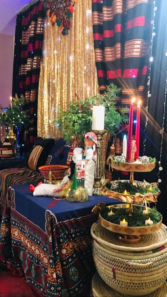 كوشه لعروس تراثيه يمنيه في ليله الحناء Henna Party Wedding Event Decor Arab Wedding