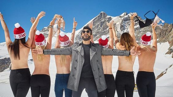 Topless pour draguer l'Inde