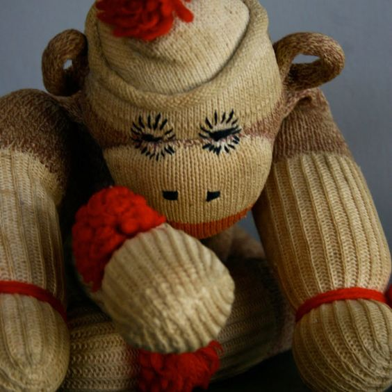 Old sock monkey.... It looks so neat