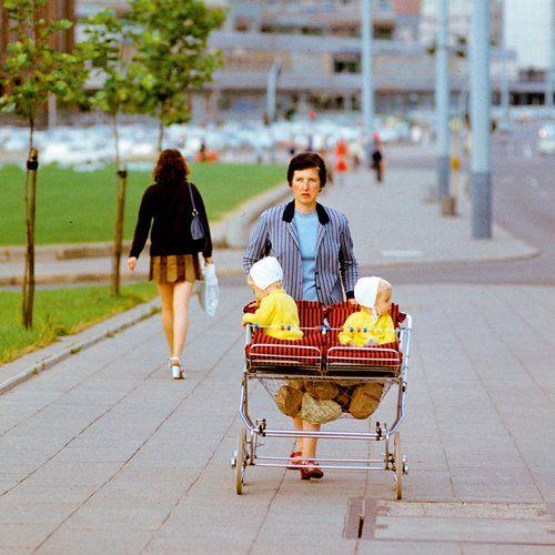 Für die Betreuung eigener Kinder – hier 1970 in Ost-Berlin – gibt es jetzt mehr Rente. Foto: akg