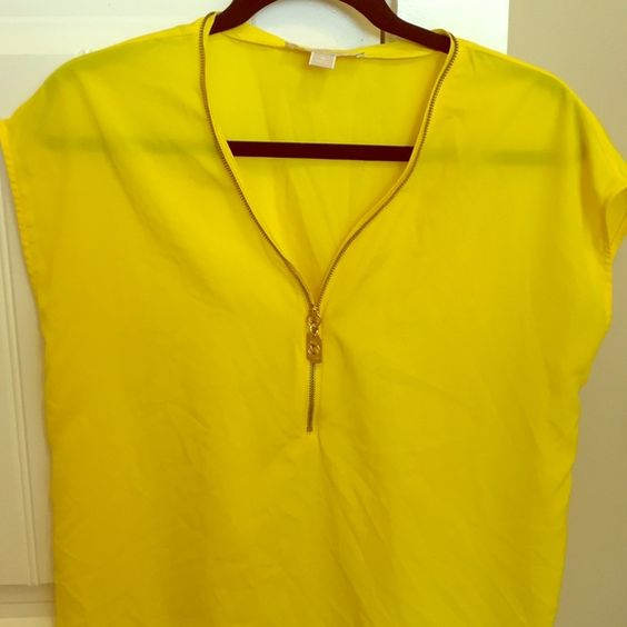 Michael Kors bright yellow sleeveless top Fun bright yellow Michael Kors sleeveless blouse with a gold zipper and gold MK tag - Great condition - Only worn ONCE - NO stains or pulls - Michael Kors Tops Blouses