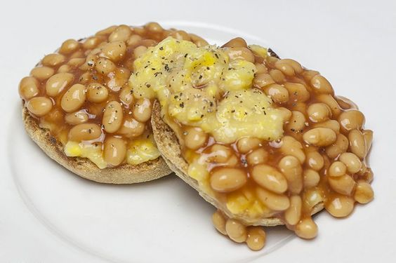 English muffins with baked beans & creamed corn