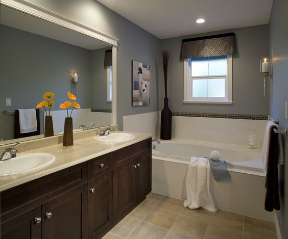 They added his and her sinks, but the rest of the master bath is rather simple. Very deep bathtub. See our favorites. #bathtubs #baths
