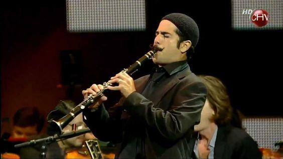 #2012 #STING Song: #EnglishmanInNewYork ~ Sting - Englishman in New York - Subtitulado en ESPAÑOL (Live Chile) 2012 {HD} https://youtu.be/9qKET_arfes