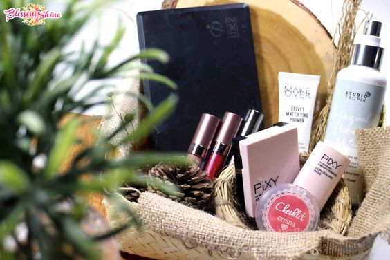 a basket of Makeup Lokal Indonesia.