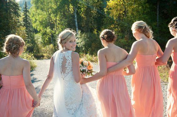 Janelle & Jody // Canada Wedding // Donna Morgan Collection // Bridesmaid Dresses in Peach Fuzz // Tara Whittaker Photography//