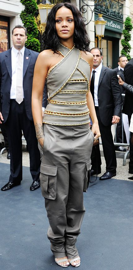 Look of the Day - June 7, 2014 - Rihanna in Balmain from #InStyle