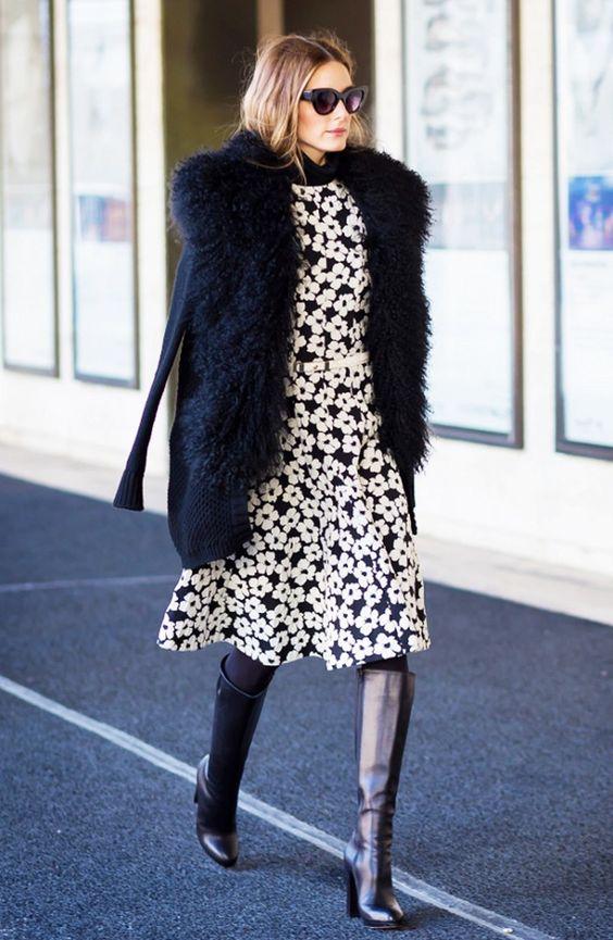 Vocês sabem que sou fã da Olivia Palermo, né?!  Nos últimos dias ela arrasou com várias produções modernas e inusitadas de Inverno, mas aquelas que podemos nos inspirar e usar também nas nossas produções, claro que com adaptações  Quando vemos os looks do Street Style (moda de rua) podemos tirar muitas idéias de …