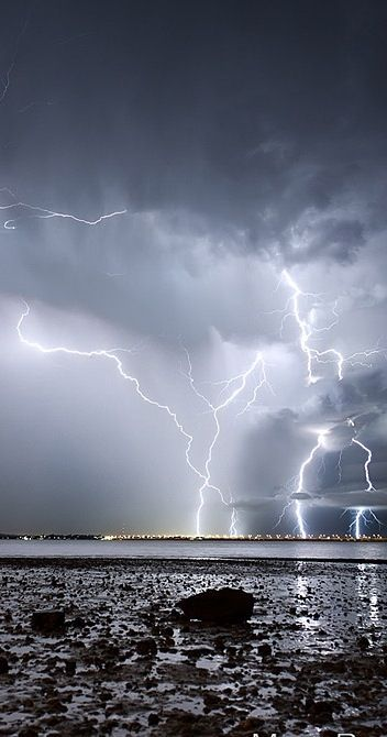 Yea!!! We had a fantastic lightening storm last nite, Aug 9th. Booms, low…