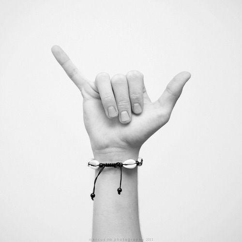 Surfer salute | photography black  white . Schwarz-Weiß-Fotografie . photographie noir et blanc |