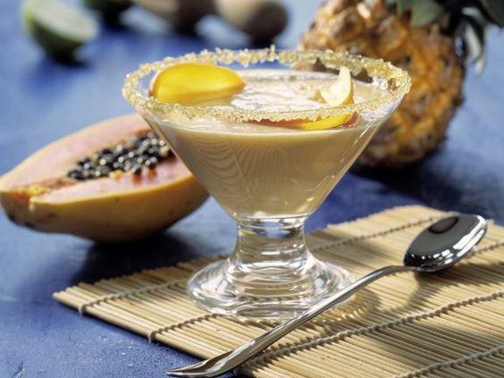 Karamellcreme mit exotischen Früchten ist ein Rezept mit frischen Zutaten aus der Kategorie Mahlzeit. Probieren Sie dieses und weitere Rezepte von EAT SMARTER!