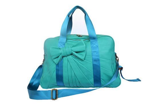 This Is Actually A Gym Bag It Even Has Place To Strap Your Yoga Mat On Comes With Shoe And All Kinds Of Awesome Things Its So Cute