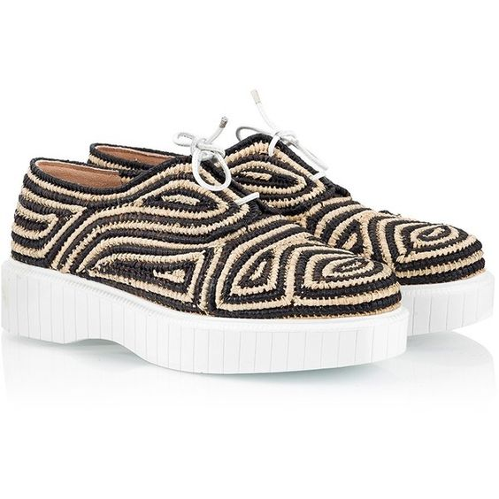 Robert Clergerie - PAGA Aztec pattern two-tone woven raffia flatform... ($275) ❤ liked on Polyvore featuring shoes, black creeper shoes, brogue shoes, robert clergerie shoes, aztec shoes and block shoes