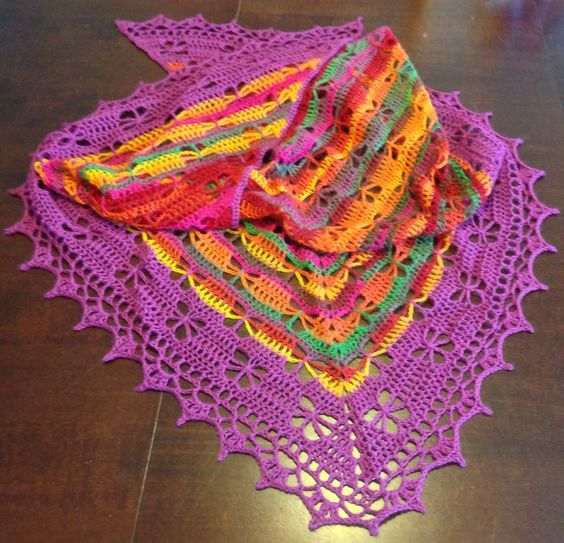 Free Crochet Pattern For Butterfly Shawl : ?aly, Vzory pleten? and Ha?kovan? zdarma on Pinterest