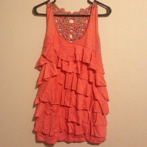 Cute summer tank top! Maurices pink summer tank top! My favorite shirt until I lost too much weight and couldn't wear it anymore. Size 1. Slight stains under the armpit but not noticeable. Can be dressed up or down to go with skirts, jeans or shorts! Maurices Tops
