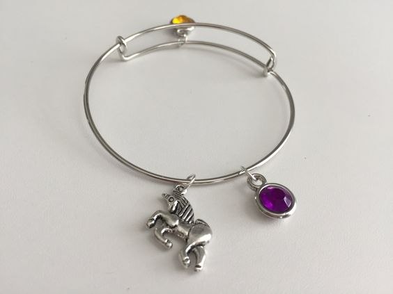 Delta Phi Epsilon ~ 3 Charm Stackable Bangle Bracelet by TheGoldArtichoke on…