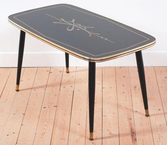 table vintage, table basse, pieds fuselés, noir, verre, style, forme et fonction, lucinevintage
