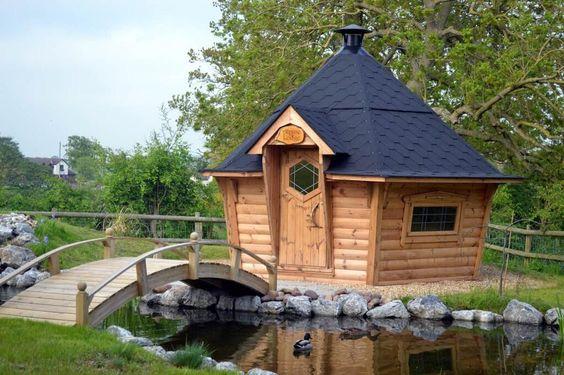 Garden Hut: