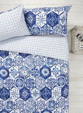 Blue/White Mosaic Tile Bedding