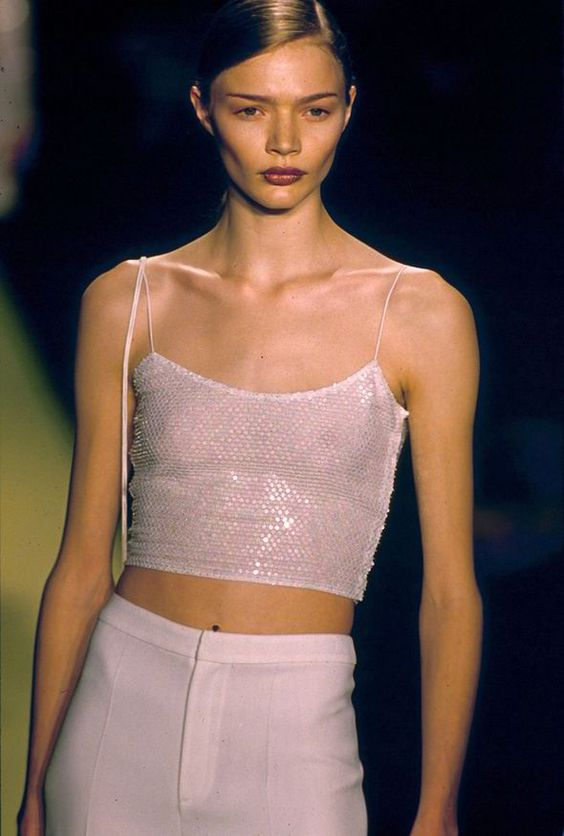 Jodie Kidd on  New York fashion catwalk 1997