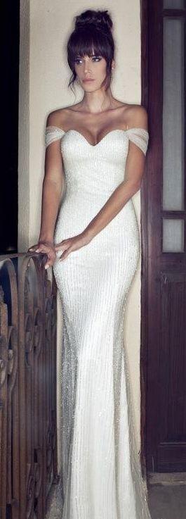 Brautsammlung, Hochzeitskleider and Brautbedarf on Pinterest