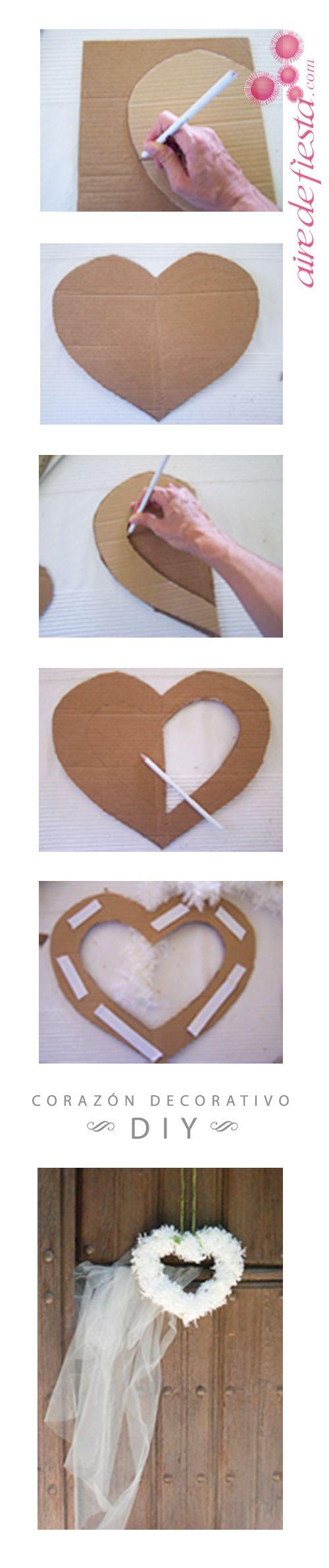 Aprende a hacer este sencillo corazón usando cartón y unos collares de seda blancos. Podrás decorar la boda, el coche de novios, usarlo como centro de mesa... http://www.airedefiesta.com/content/1457/224/707/1/1/COMO-HACER-UN-CORAZON-DECORATIVO.htm #manualidades #parabodas #centrodosdemesa #corazon