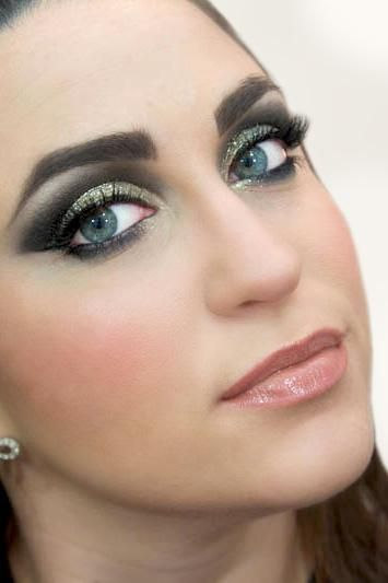 Glitter for Grown Ups: A New Year's Eve Makeup Look