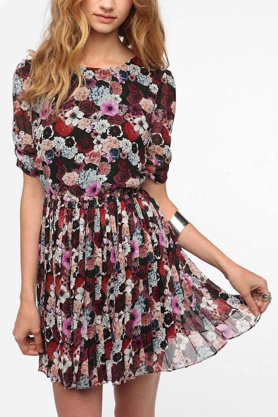 Pins and Needles Chiffon Princess Dress  #UrbanOutfitters BUYING IT