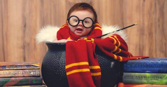What happens when a mother is also a huge Harry Potter fan and photographer? This photoshoot is what happens.