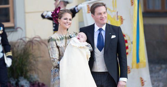 Durch seine Taufe ist er nun ganz offiziell der jüngste Spross der schwedischen Königsfamilie. Natürlich hat der Mini-Prinz auch schon sein eigenes Monogramm.