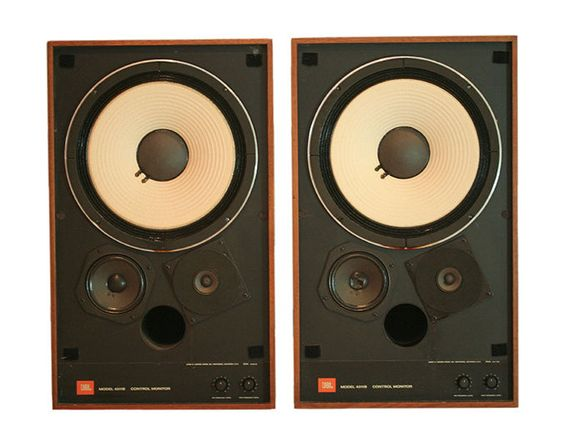 10 Woofer Three Way Floor Standing Speakers