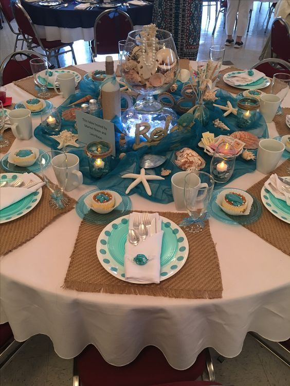 Beachy Party Table Setting Mirassoudinner With Images Beach