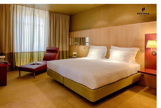 Simple but Classy Bedroom | Pestana Palacio do Freixo | Porto | Portugal | Bedroom Design