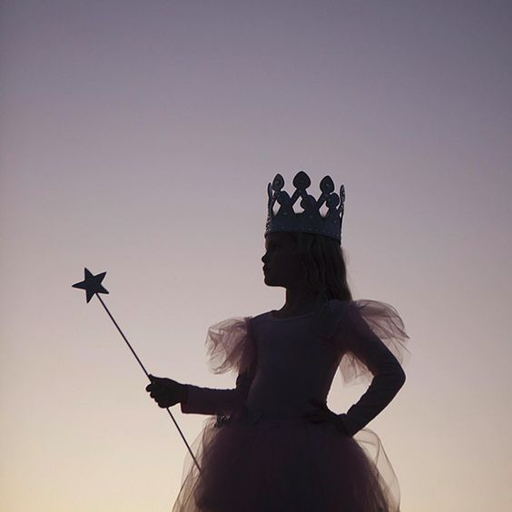 """You've always had the power my dear, you just had to learn it for yourself."" - Glinda the Good Witch #simpleasthatsilhouettes #michaelsmakers #diy #halloween #costumes #quotesofinstagram:"