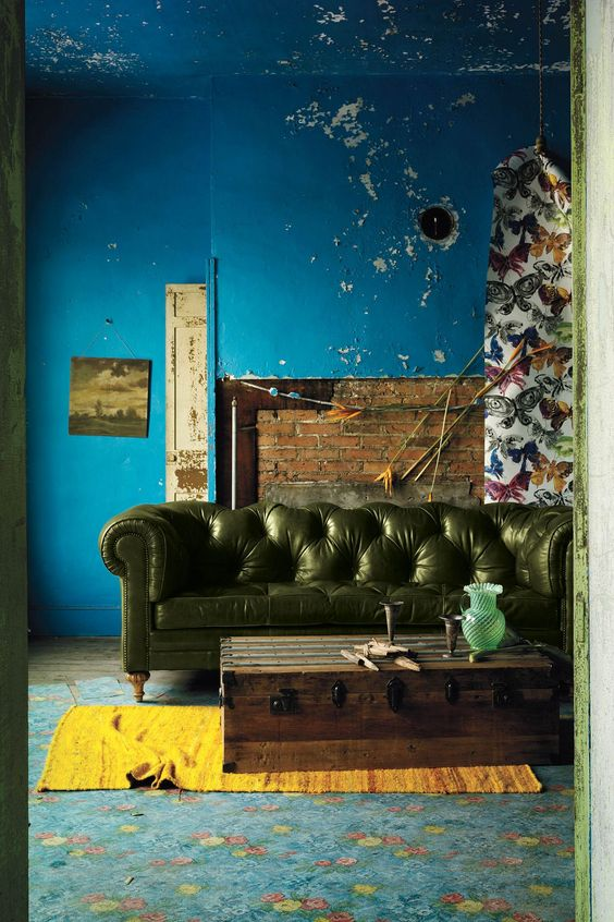 Interior Color. blue old walls. chesterfield sofa