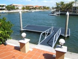 This would be a fun thing to have on a pontoon like this at a lake house. Fishing off of this would be easy and fun. You could also swim off of it as well.