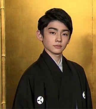 真っ直ぐな瞳で見つめる八代目市川染五郎のかっこいい画像