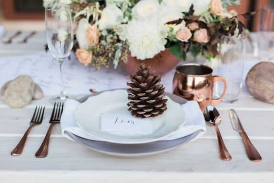 pine cone place card holders wedding decor